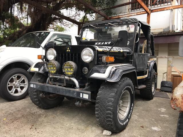 沖縄の中古車 三菱 ジープ 車両価格 53万円 リ済込 昭和61年 12.2万km ブラックM