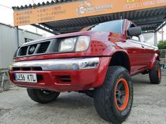 沖縄の中古車 日産 ダットサンピックアップ 車両価格 105万円 リ済込 平成11年 20.5万K レッドM