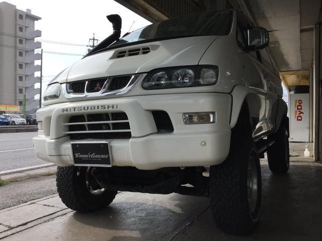 沖縄の中古車 三菱 デリカスペースギア 車両価格 89万円 リ済込 平成10年 15.8万km ホワイト