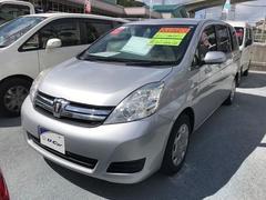沖縄の中古車 トヨタ アイシス 車両価格 79万円 リ済別 平成25年 7.5万K シルバー
