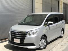 沖縄の中古車 トヨタ ノア 車両価格 228万円 リ済別 平成26年 5.0万K シルバー