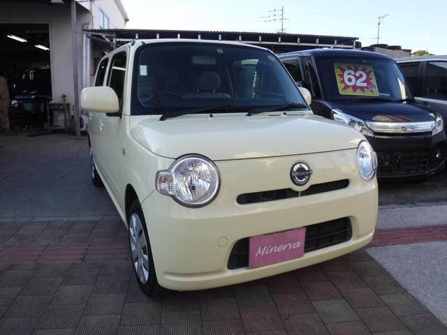 沖縄の中古車 ダイハツ ミラココア 車両価格 34万円 リ済込 平成24年 10.4万km ライトイエローM