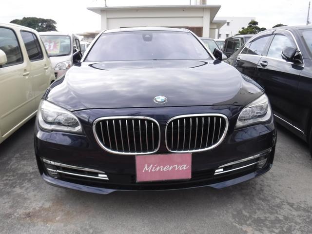 BMW BMW 750Liロングボディ リアエンタメ