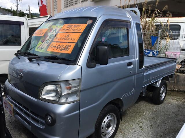沖縄の中古車 ダイハツ ハイゼットトラック 車両価格 75万円 リ済込 平成23年 10.6万km シルバー