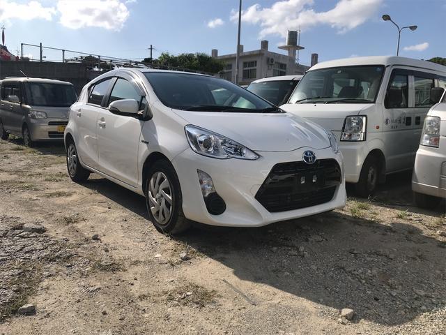 沖縄の中古車 トヨタ アクア 車両価格 ASK リ済込 2015(平成27)年 3.5万km ホワイト