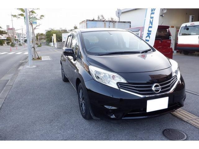 沖縄の中古車 日産 ノート 車両価格 40万円 リ済込 2013(平成25)年 7.0万km ブラック