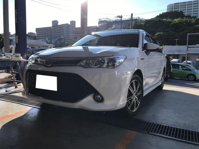 沖縄の中古車 トヨタ カローラフィールダー 車両価格 114万円 リ済込 2017(平成29)年 11.0万km ホワイト