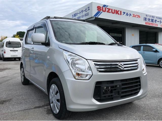 沖縄の中古車 スズキ ワゴンR 車両価格 56万円 リ済込 平成25年 8.3万km シルバーM