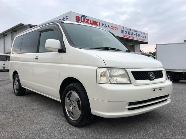 沖縄の中古車 ホンダ ステップワゴン 車両価格 17万円 リ済込 平成15年 19.6万km ホワイトM