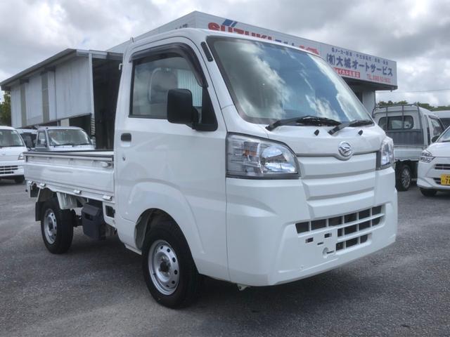 沖縄の中古車 ダイハツ ハイゼットトラック 車両価格 87万円 リ済込 2014(平成26)年 4.0万km ホワイト