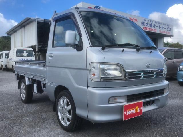 沖縄の中古車 ダイハツ ハイゼットトラック 車両価格 44万円 リ済込 2004(平成16)年 13.8万km シルバー