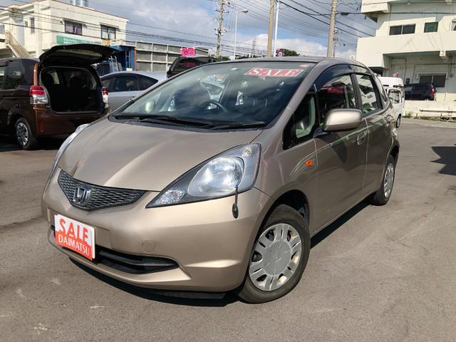 沖縄の中古車 ホンダ フィット 車両価格 15万円 リ済込 2010(平成22)年 11.0万km シルバー