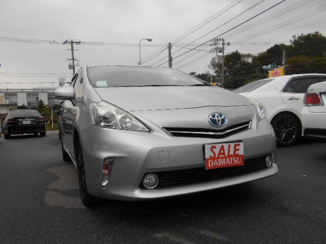 沖縄の中古車 トヨタ プリウスアルファ 車両価格 65万円 リ済込 2012(平成24)年 10.6万km シルバー