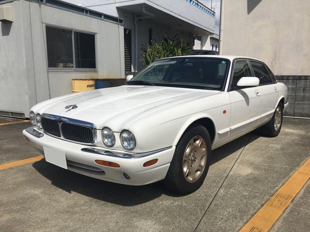 沖縄の中古車 ジャガー ジャガー 車両価格 85万円 リ済込 2001年 4.2万km パール