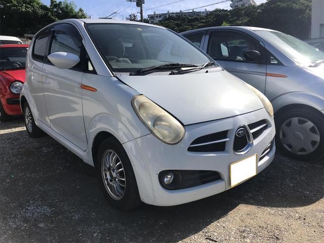 沖縄の中古車 スバル R2 車両価格 6万円 リ済込 2004(平成16)年 12.2万km ホワイト