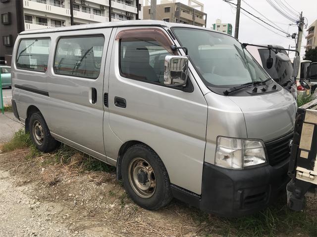 沖縄の中古車 日産 キャラバン 車両価格 30万円 リ済込 2003(平成15)年 9.0万km シルバー