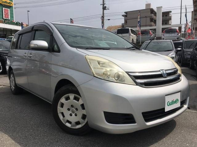 沖縄の中古車 トヨタ アイシス 車両価格 49万円 リ済別 2008(平成20)年 7.3万km シルバー