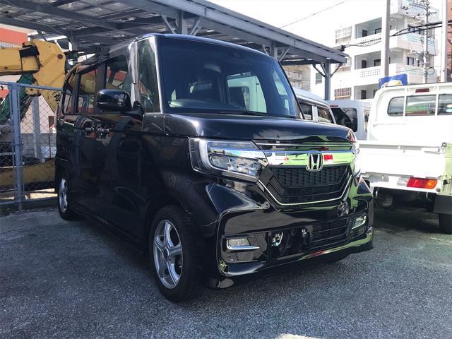 沖縄の中古車 ホンダ N-BOXカスタム 車両価格 138万円 リ済込 2018(平成30)年 2.2万km ブラック