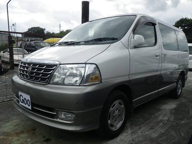 沖縄の中古車 トヨタ グランビア 車両価格 25万円 リ済込 平成12年 15.9万km シルバー