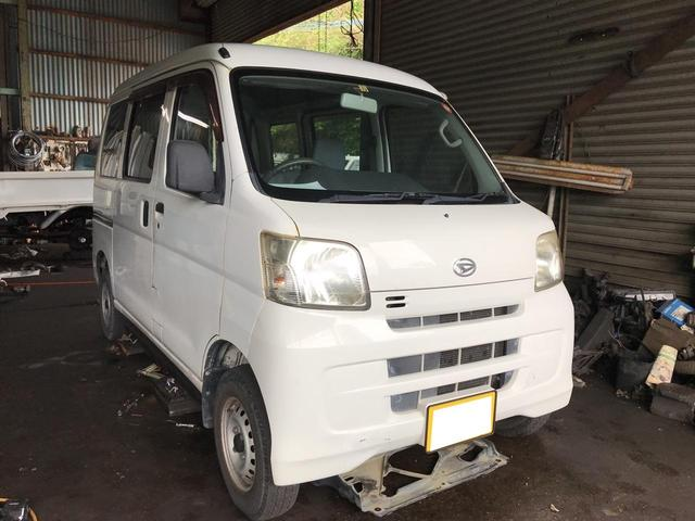 沖縄の中古車 ダイハツ ハイゼットカーゴ 車両価格 26万円 リ済込 2008(平成20)年 20.9万km ホワイト