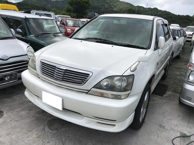 沖縄の中古車 トヨタ ハリアー 車両価格 20万円 リ済込 1999(平成11)年 15.3万km パールホワイト