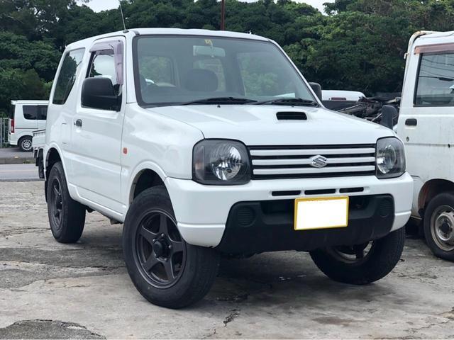 沖縄の中古車 スズキ ジムニー 車両価格 40万円 リ済込 2003(平成15)年 12.2万km パールホワイト