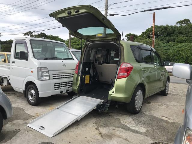 沖縄の中古車 トヨタ ラクティス 車両価格 28万円 リ済込 2006(平成18)年 13.0万km グリーン