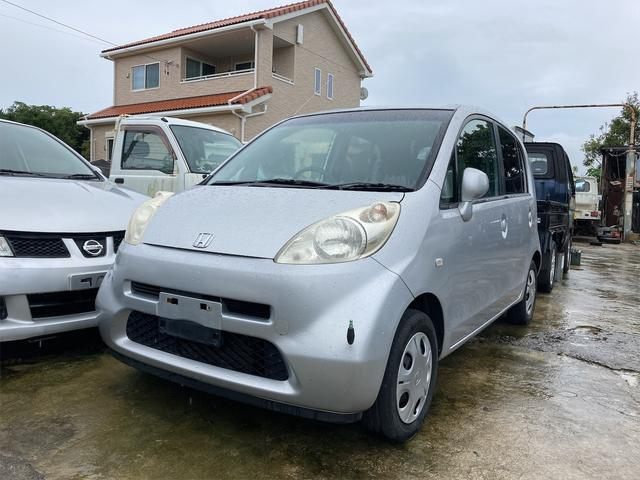 沖縄の中古車 ホンダ ライフ 車両価格 16万円 リ済込 2006(平成18)年 15.6万km シルバー