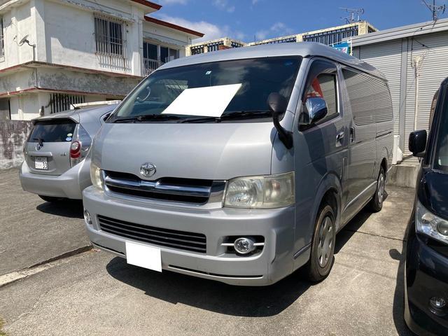 沖縄の中古車 トヨタ ハイエースワゴン 車両価格 107万円 リ済込 2005(平成17)年 12.9万km シルバー