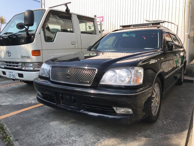 沖縄の中古車 トヨタ クラウンエステート 車両価格 89万円 リ済込 2004(平成16)年 14.8万km ブラック