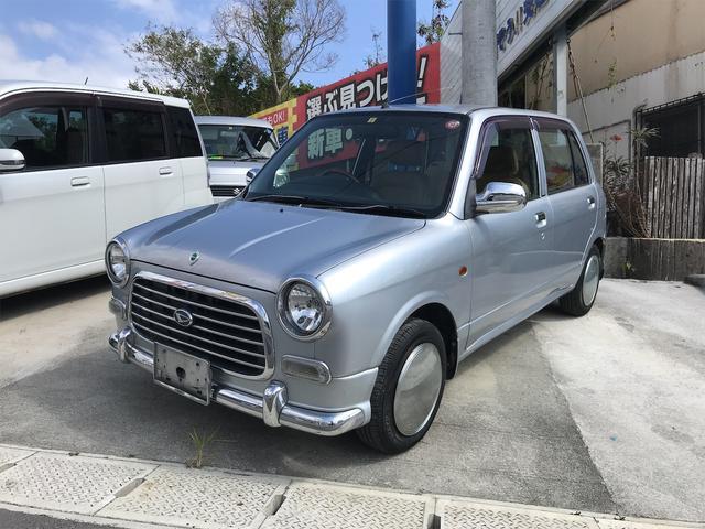 沖縄の中古車 ダイハツ ミラジーノ 車両価格 20万円 リ済込 2004(平成16)年 10.2万km シルバー