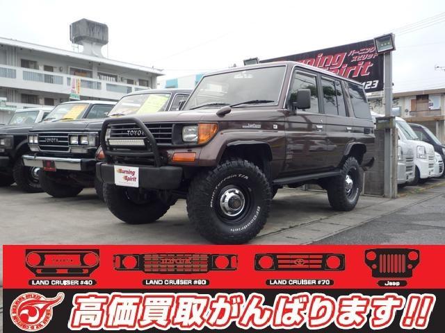 沖縄の中古車 トヨタ ランドクルーザープラド 車両価格 155万円 リ済別 平成6年 21.0万km ブラウンM