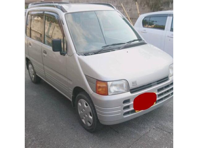 沖縄の中古車 ダイハツ ムーヴ 車両価格 19万円 リ済込 平成8年 5.0万km ライトグレーM