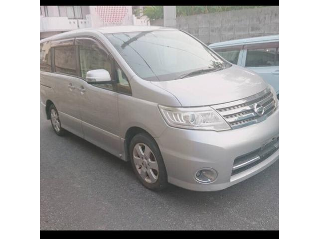 沖縄の中古車 日産 セレナ 車両価格 37万円 リ済込 平成20年 14.8万km ライトグレーM