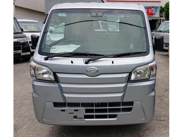 沖縄の中古車 ダイハツ ハイゼットトラック 車両価格 82万円 リ済込 新車  シルバー