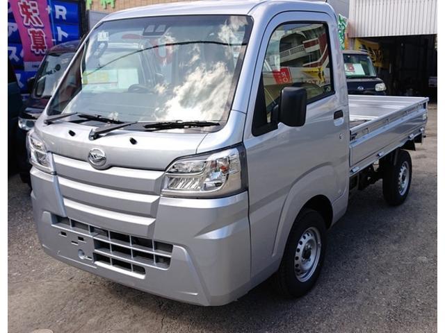 沖縄の中古車 ダイハツ ハイゼットトラック 車両価格 103.7万円 リ済込 新車  シルバー