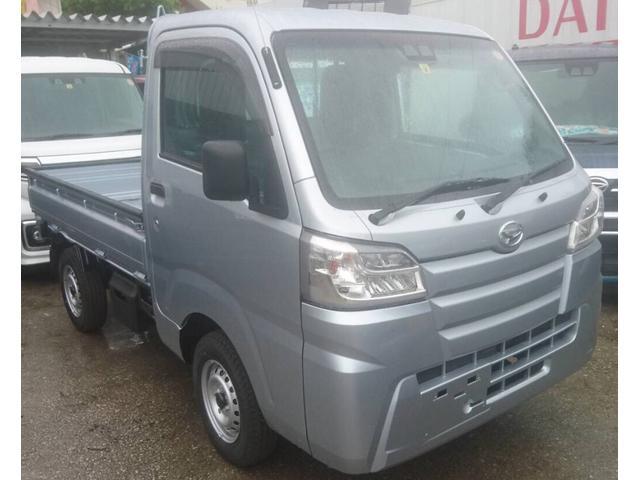 沖縄の中古車 ダイハツ ハイゼットトラック 車両価格 108万円 リ済込 2021(令和3)年 6km グレー