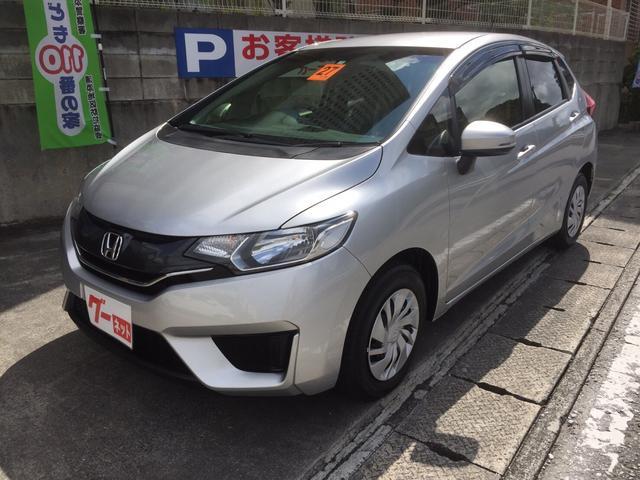 沖縄の中古車 ホンダ フィット 車両価格 75万円 リ済込 2015(平成27)年 2.2万km シルバー