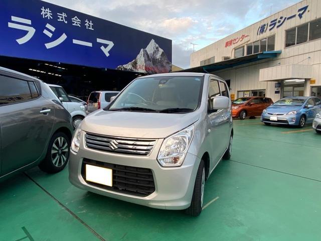 沖縄の中古車 スズキ ワゴンR 車両価格 38.3万円 リ済込 2014(平成26)年 13.1万km シルバー