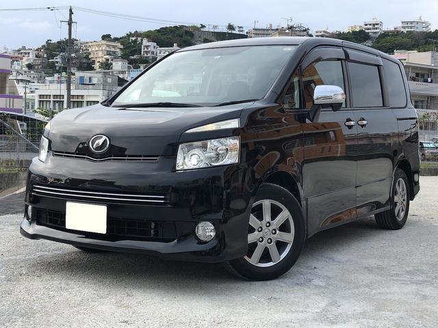 沖縄の中古車 トヨタ ヴォクシー 車両価格 79.9万円 リ済込 2010(平成22)年 10.0万km ブラック
