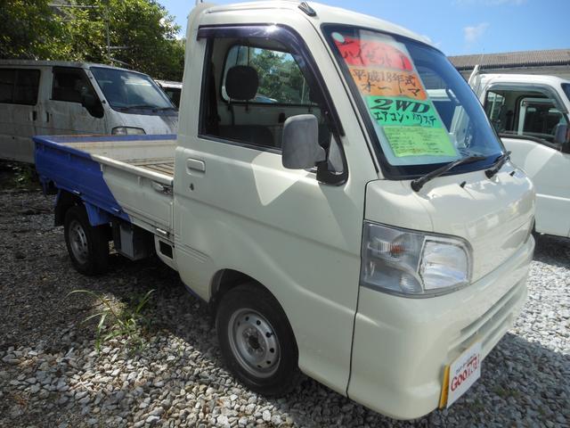 沖縄の中古車 ダイハツ ハイゼットトラック 車両価格 42万円 リ済込 2006(平成18)年 17.1万km ホワイトII