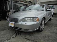 沖縄の中古車 ボルボ ボルボ V70 車両価格 75万円 リ済込 2007年 6.7万K シルバーM