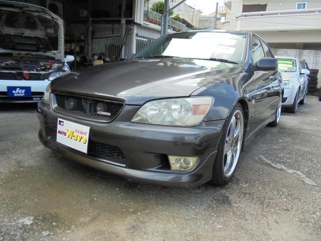 沖縄県の中古車ならアルテッツァ 6速エアロ