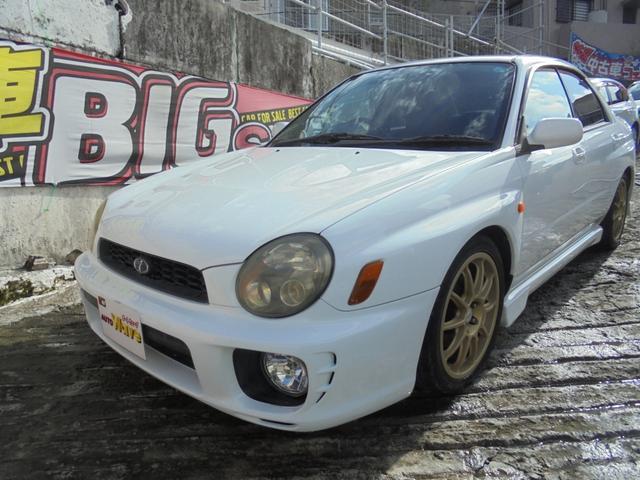沖縄の中古車 スバル インプレッサ 車両価格 39万円 リ済込 2001(平成13)年 15.3万km ホワイト