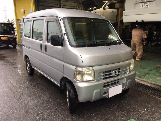 沖縄の中古車 ホンダ アクティバン 車両価格 26万円 リ済込 2004(平成16)年 7.4万km シルバーM
