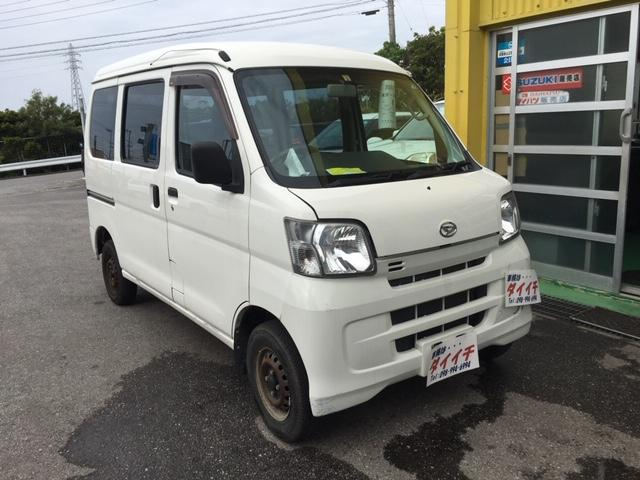 沖縄の中古車 ダイハツ ハイゼットカーゴ 車両価格 42万円 リ済込 2013(平成25)年 8.2万km ホワイト