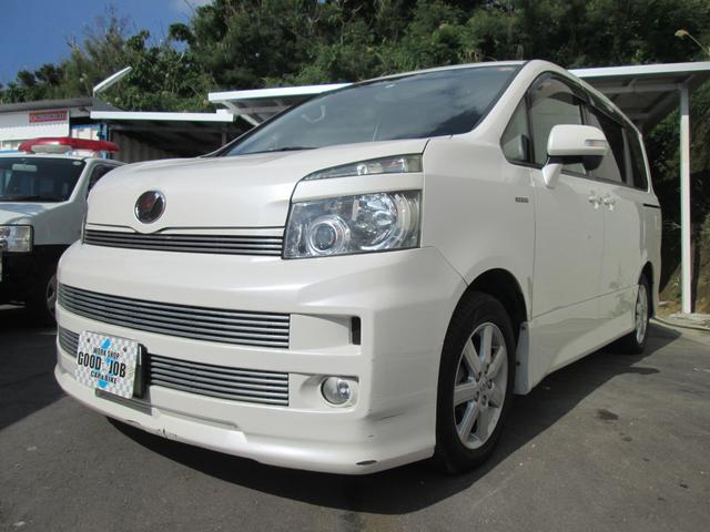沖縄の中古車 トヨタ ヴォクシー 車両価格 44万円 リ済込 2008(平成20)年 14.5万km パールホワイト
