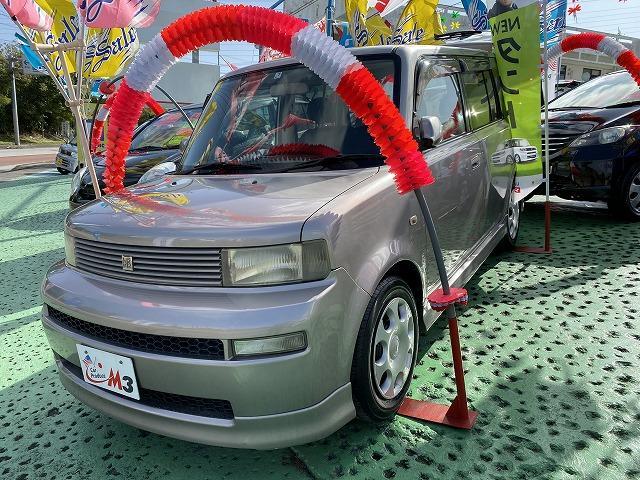 沖縄の中古車 トヨタ bB 車両価格 17万円 リ済込 2005(平成17)年 10.2万km グレーM