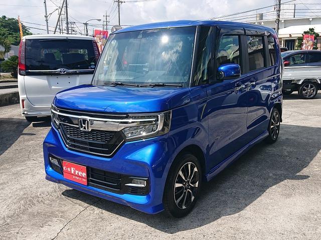 沖縄の中古車 ホンダ N-BOXカスタム 車両価格 139万円 リ済込 2019(令和1)年 0.6万km ブリリアントスポーティブルーメタリック