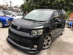 沖縄の中古車 トヨタ ヴォクシー 車両価格 89万円 リ済込 平成20年 9.4万K ブラック